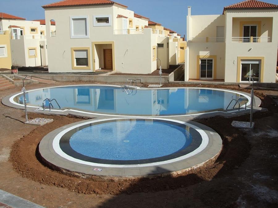 Construcci n piscina marina golf gundepol piscinas for Presupuesto construccion piscina